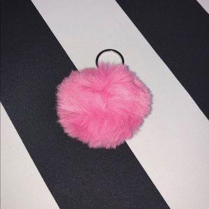 💕 Pom Pom Keychain in Pink